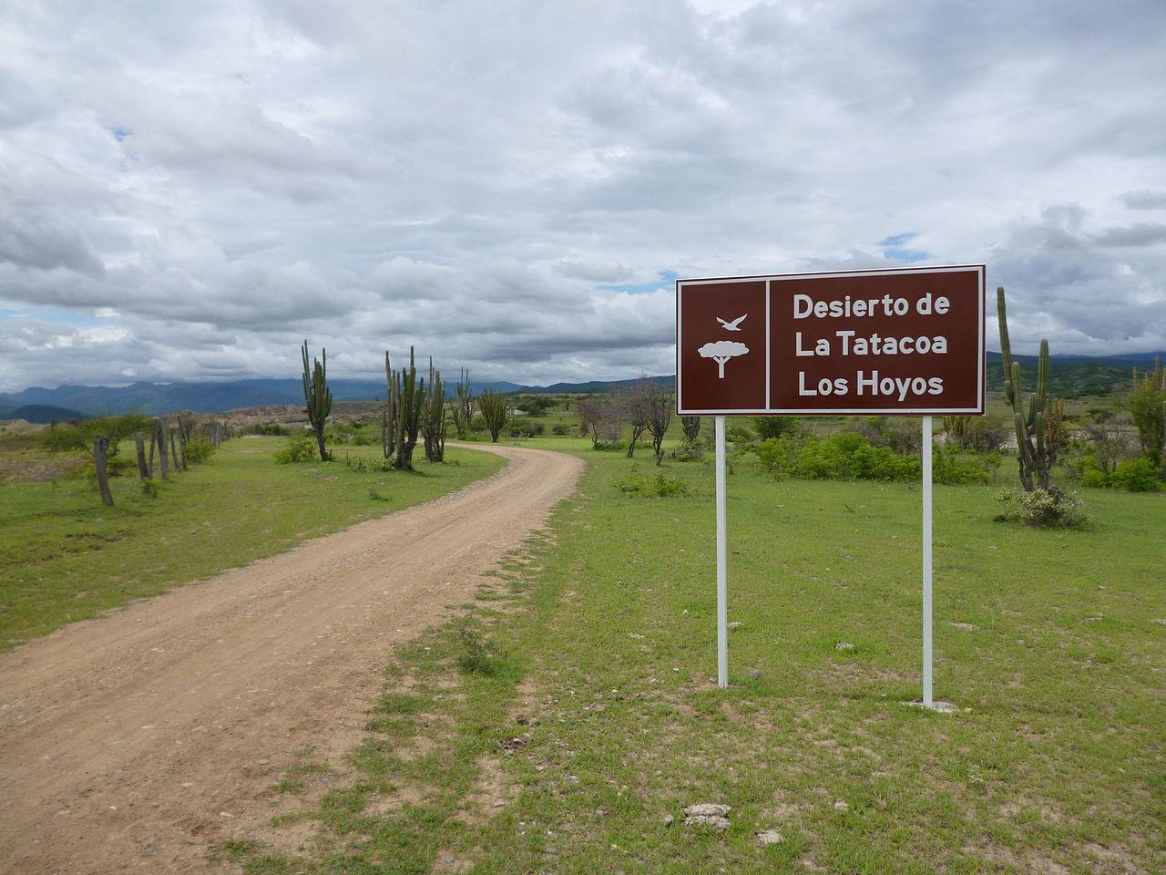 Letrero desierto de la Tatacoa