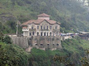 Casa Museo frente al Salto del Tequendama