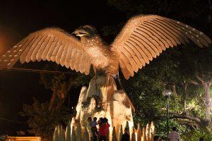 Monumento a los Guácharos en el Parque Nacional Natural Cueva de los Guácharos
