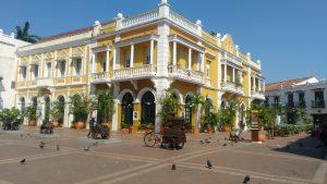 Como alquilar un auto en Colombia Cartagena