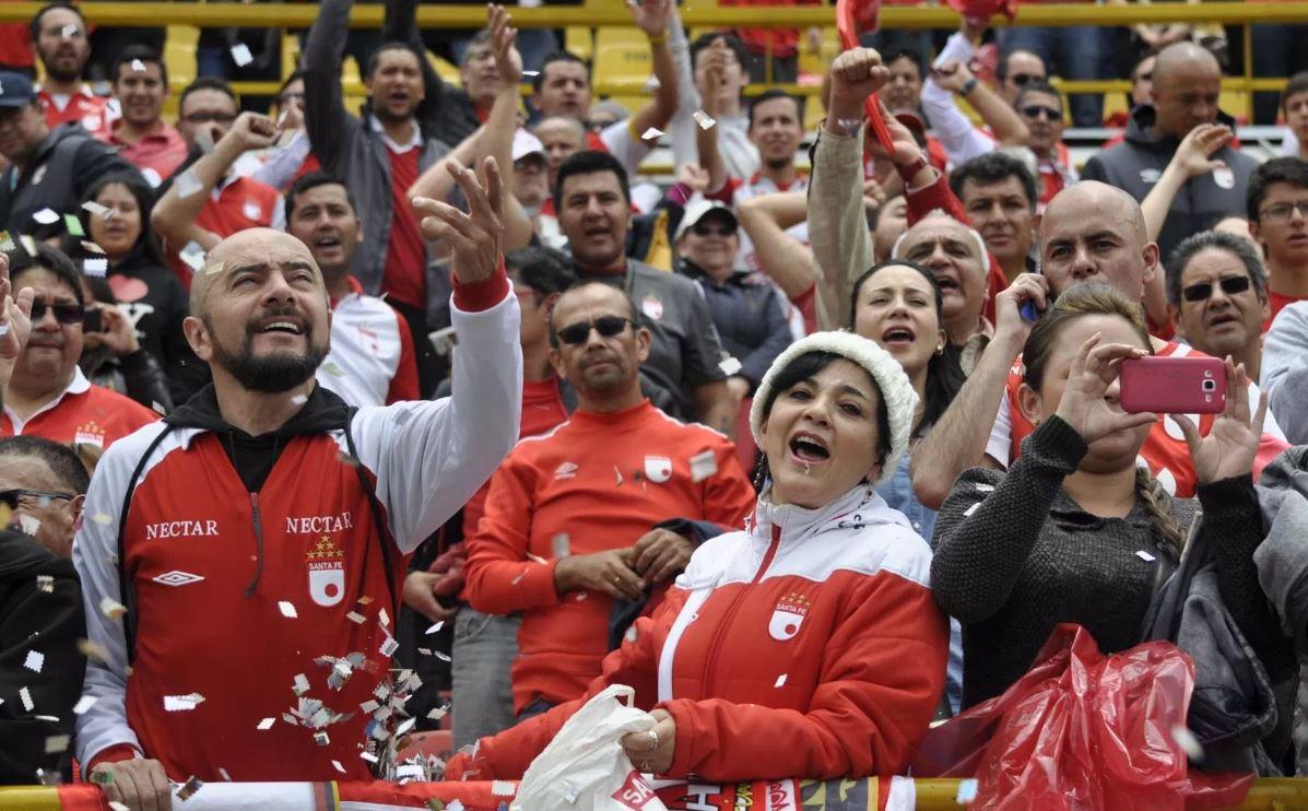 Hincha colombiano. Foto: independientesantafe.com