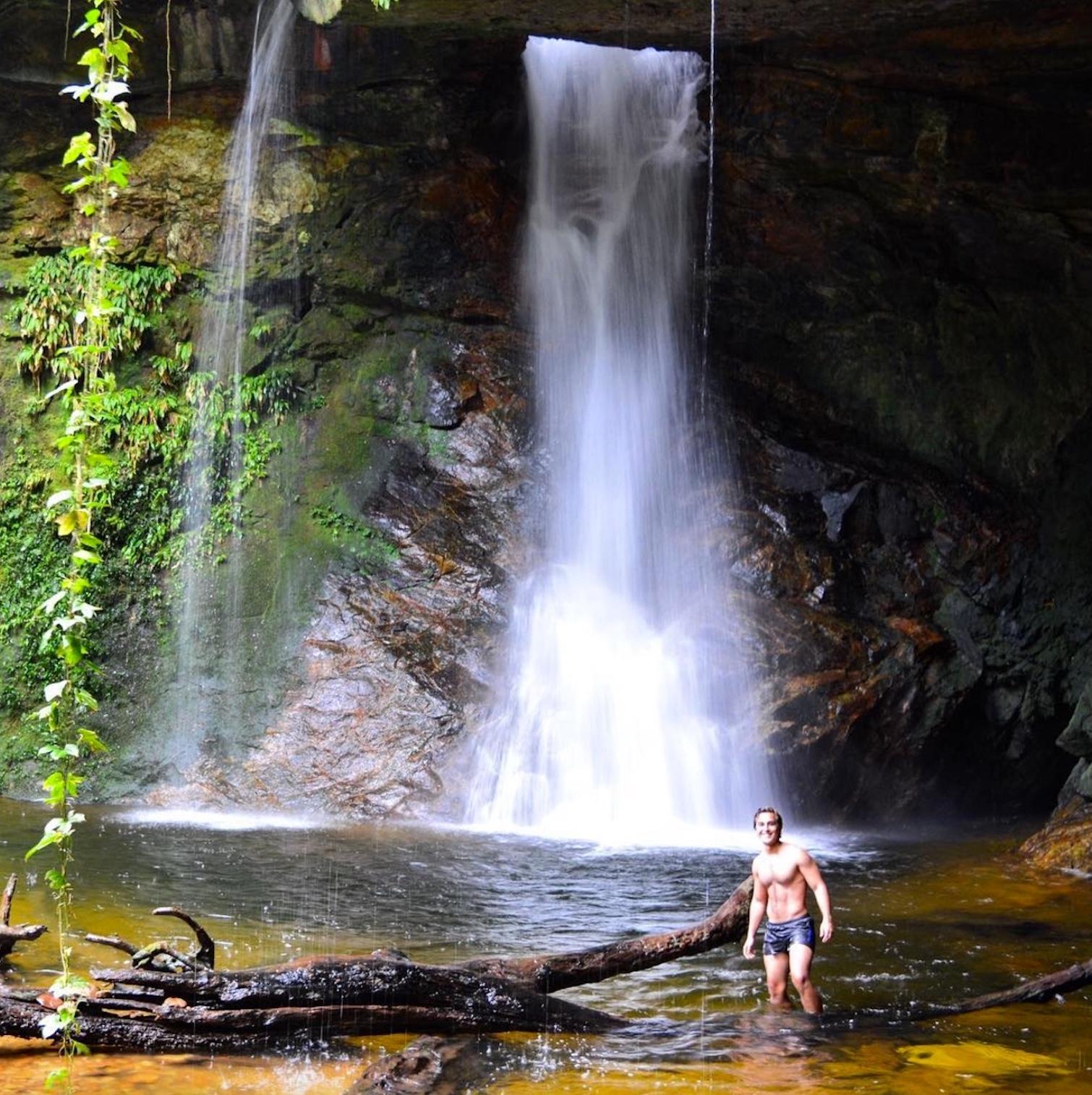 Cascada Ojo de Dios. Foto: colombiamegusta.com