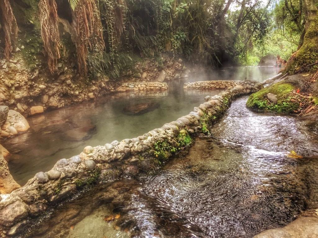 aguas termales de colombia