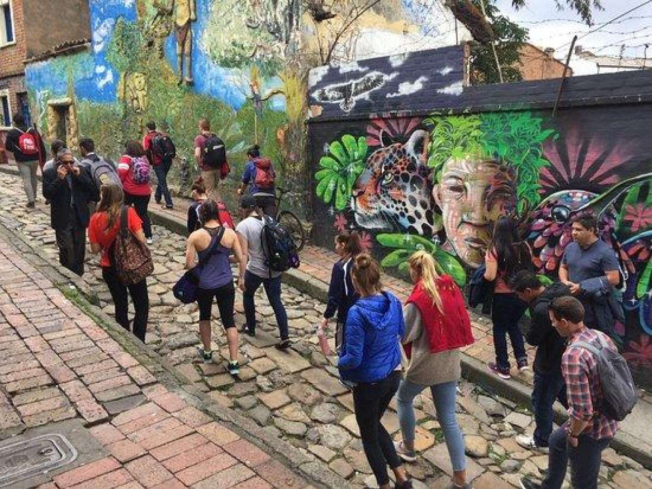 Graffiti tour Bogotá.Foto: colture.co