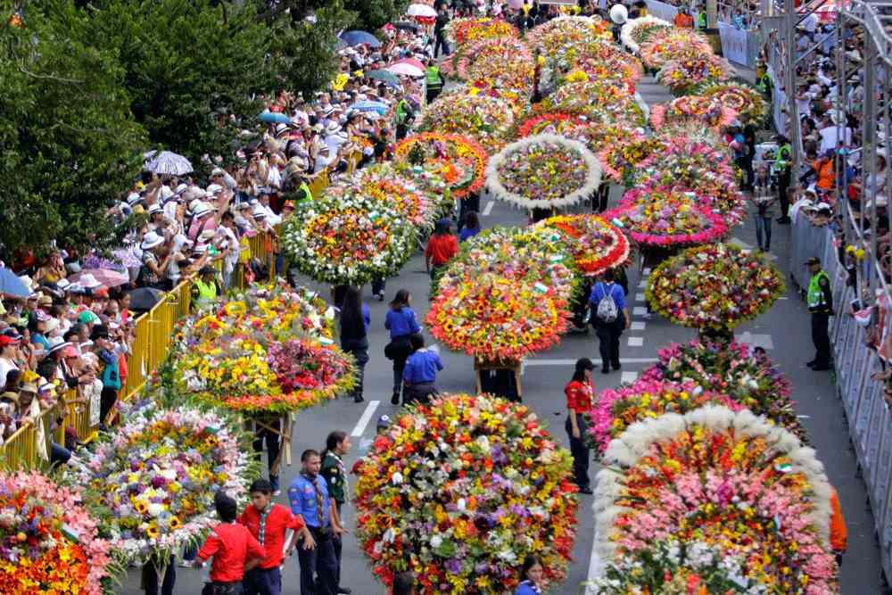 Resultado de imagen para rosas medellin festival